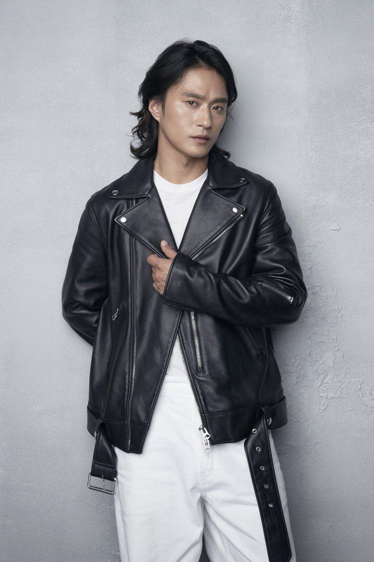 金聖圭在「李屍朝鮮」中飾演捉虎隊永信。圖/Netflix提供