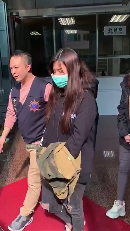 以呂嫌為首的詐騙集團,17名女車手中,該對雙胞胎姊妹外貌彷彿韓系藝人,圖為雙胞胎姊姊。記者林佩均/翻攝