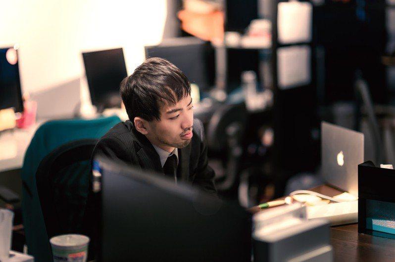 網友抱怨幫朋友介紹工作卻「好心被雷劈」。 圖/pakutaso