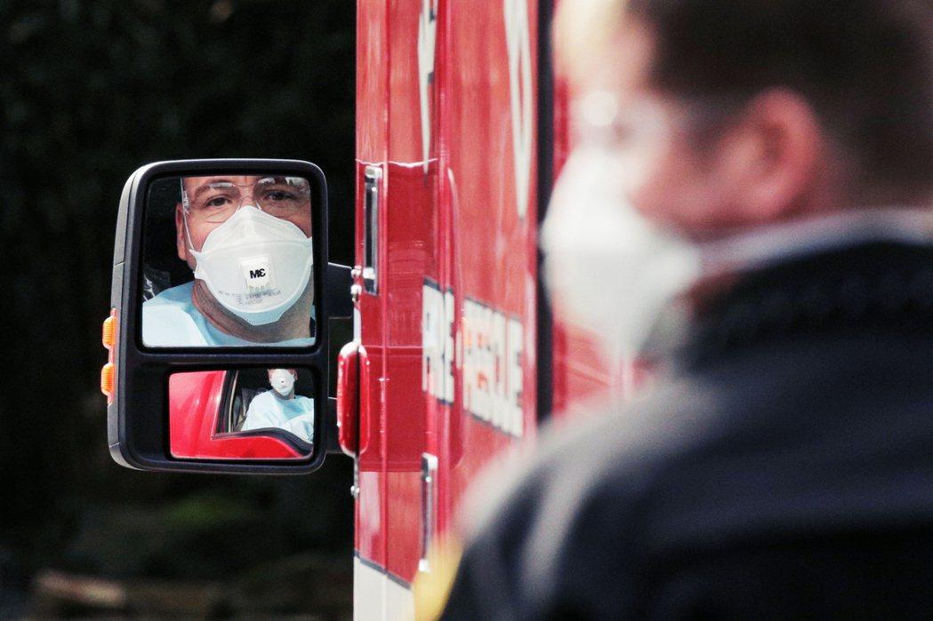 有當地官員向《紐約時報》透露:早在2月29日、正式通報院內第一起新型冠狀病毒死亡...