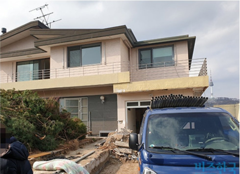 宋仲基的房子拆除重建。圖/摘自Biz韓國