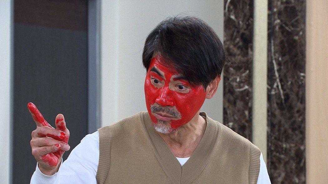 翁家明在「多情城市」中飾演「邱醫師(枯一蘇)」逗趣演出,令人發噱。圖/民視提供