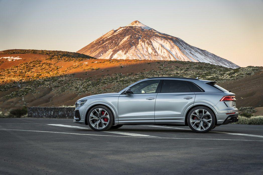 Audi RS Q8正式進軍美國,開價113,000美元,約台幣340萬元。 摘...
