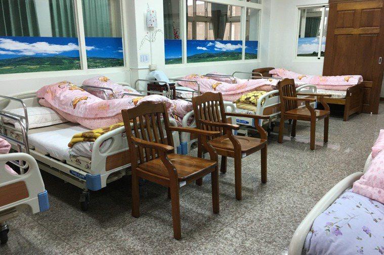 長照住宿型機構防疫,建議比照醫院模式。圖/聯合報系資料照片