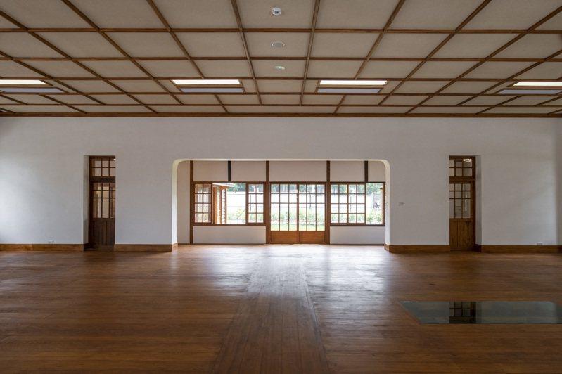 新竹市定古蹟新竹少年刑務所演武場已修復完成,將委外招商,打造成多元藝文空間。圖/市府提供