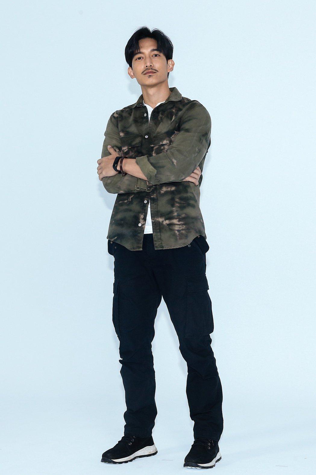 《黑喵知情》舉行媒體探班,演員王家梁在劇中飾演法國傭兵。記者林伯東/攝影