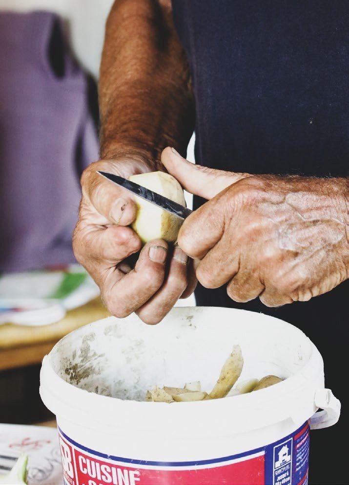 用新鮮馬鈴薯自製北法炸薯條。 圖/幸福文化 提供