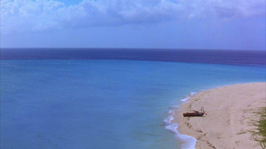 墨西哥的芝華塔尼歐海灘被稱為「沒有回憶的海邊」@IMDB