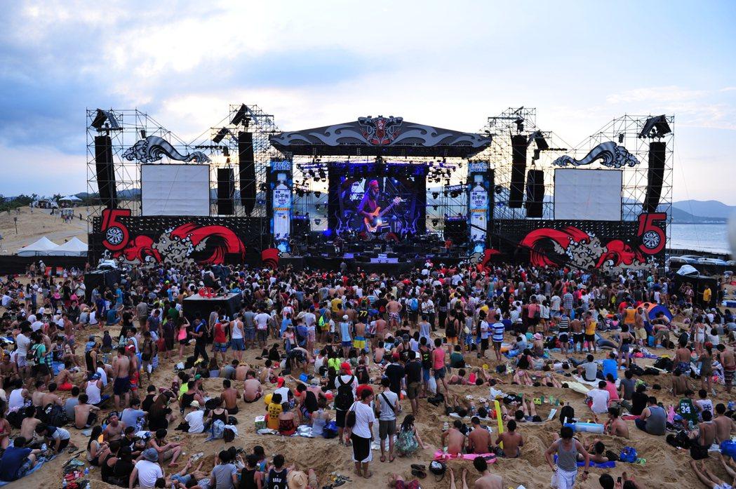 新北觀旅局宣布,今年「新北市河海音樂季—海洋獨立音樂大賞」徵選將停止辦理。圖/新