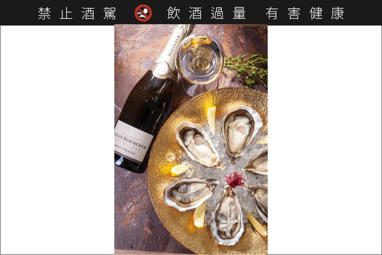 當香檳的金色泡泡佐生蠔的甘甜飽滿,一段快活愜意的用餐時光,莫過於此。圖 / 享香...