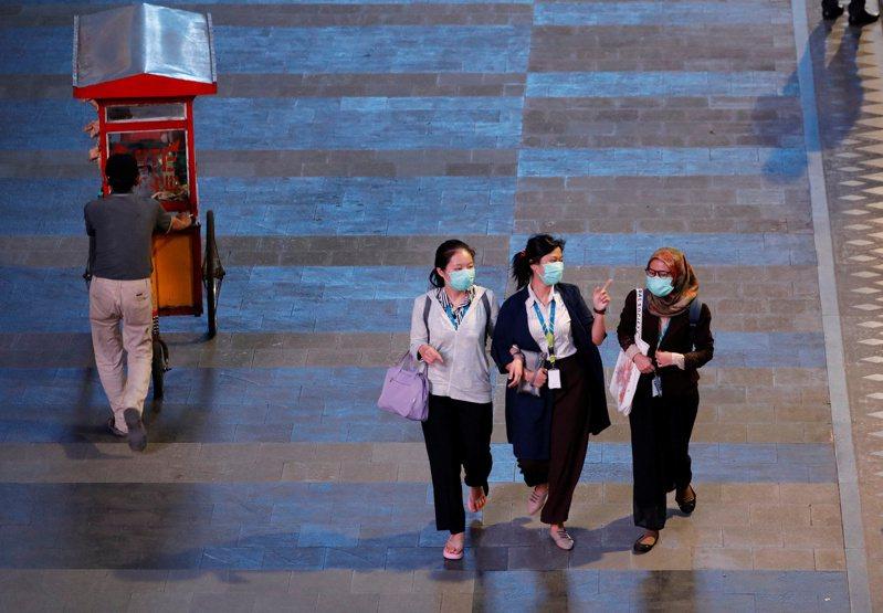 印尼新增65起新冠肺炎確診病例及1起死亡病例,境內累計確診來到579例,死亡49例。 路透社