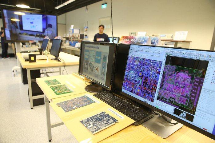 交大產業加速器中心(簡稱IAPS),新創育成。 圖/高彬原攝影