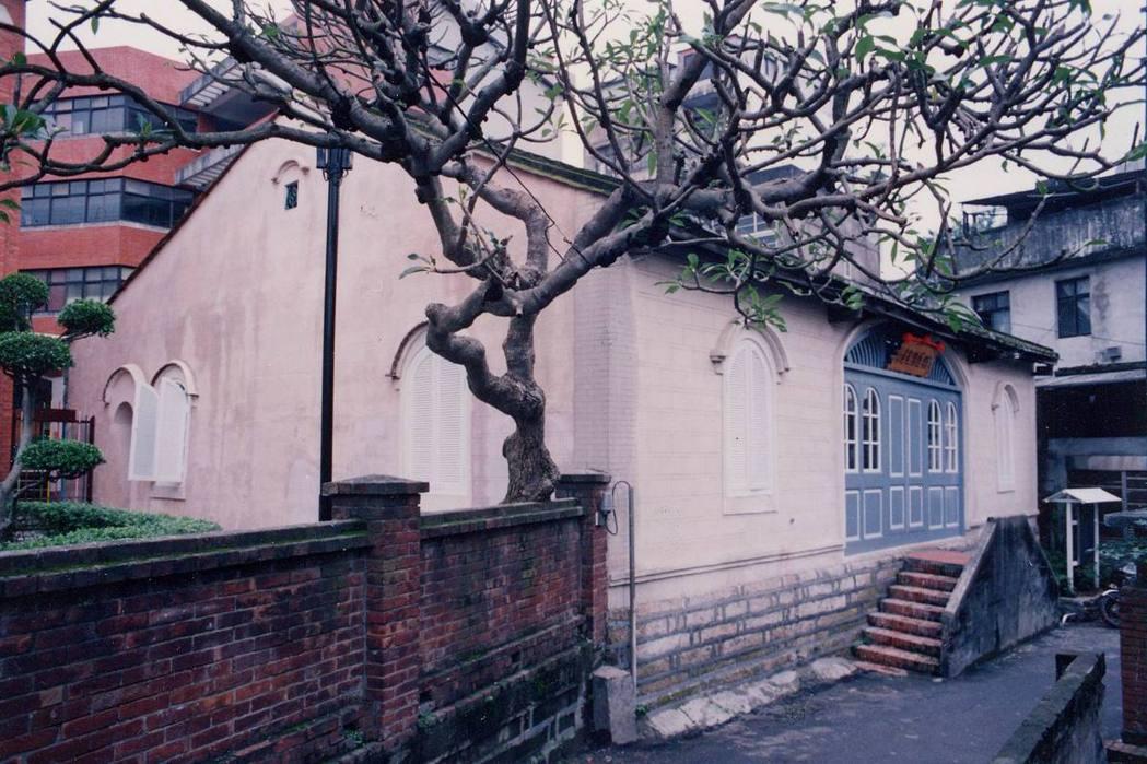 滬尾偕醫館屬於直轄市定古蹟。攝於1992年。 圖/聯合報系資料照