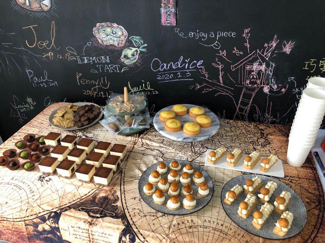 在粉絲頁不定期推出限量甜點,分享甜點愛好者。 Tree House甜點工作室/提...
