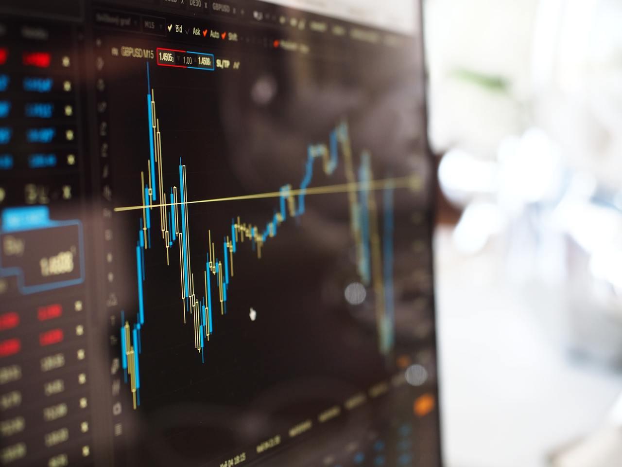 財經部落客蔡志誠 (PG財經筆記) 認為,以長期操作的策略來說,近期的股市大跌反...