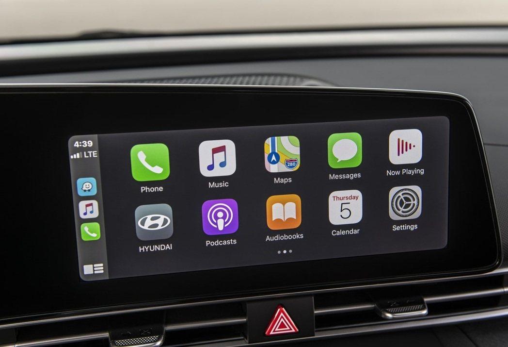 在車載娛樂系統方面Elantra可說是大幅度的更新。 摘自Hyundai