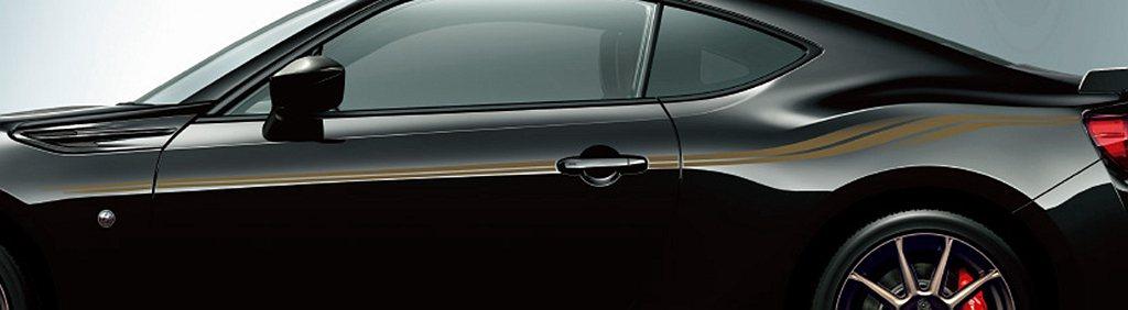車側專屬青銅色彩繪,選配價22,000日元(約台幣6,300元)。 圖/Toyo...