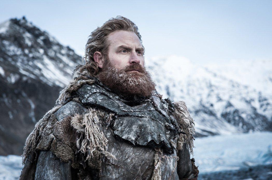 挪威演員克里斯多佛希夫哲曾在《冰與火之歌:權力遊戲》中飾演「巨人剋星」托蒙德