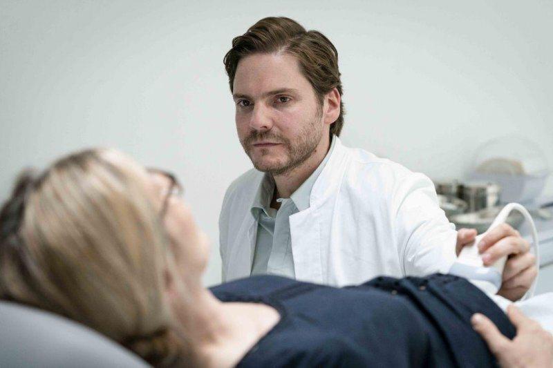 擔任俄羅斯基因學費雪醫生的歐洲影帝丹尼爾布爾@Yahoo!電影