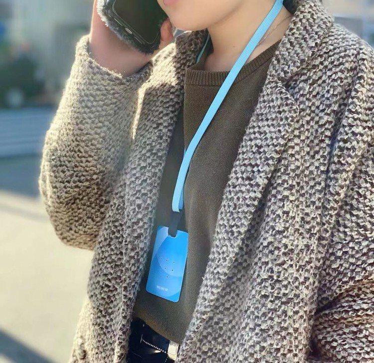 日本製TOAMIT頸掛空氣清淨片1入售價399元。圖/台隆手創館提供