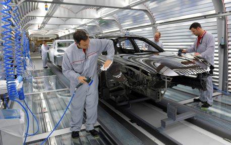新冠肺炎全球肆虐 Porsche宣布將停產兩周!