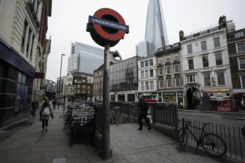 倫敦的新冠肺炎傳染速度高於英國其他地區,「金融時報」引述官員的說法報導,倫敦最快將在20日封城,但不會限制民眾離城。圖為倫敦街景。 歐新社