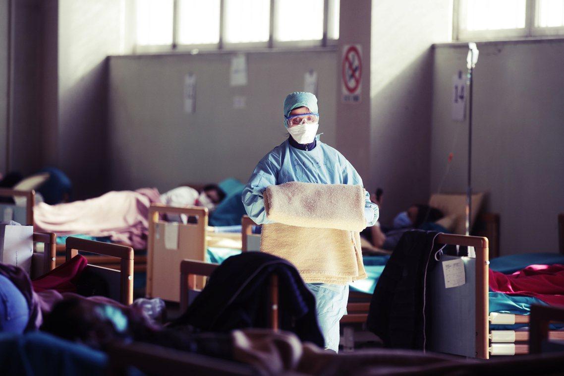 義大利的醫療能量也不斷遭到病毒侵蝕而出現破口。 圖/美聯社
