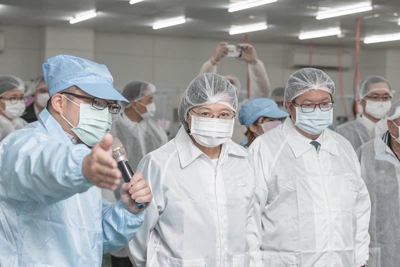 圖為3月9日,總統蔡英文訪視易廷企業。 圖/總統府Flickr