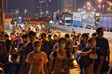 馬來西亞鎖國以後:星馬邊境防疫下的「移動公民」