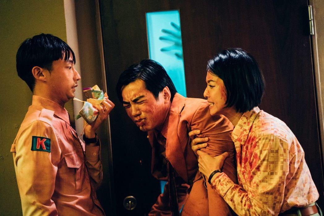 禾浩辰、賴雅妍主演「逃出立法院」不延期上映。圖/華映提供