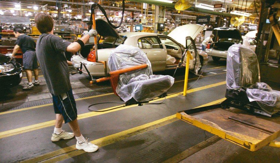 歐美車廠紛紛關閉,掀起一波二戰以來最大規模的重工業關廠潮。 美聯社