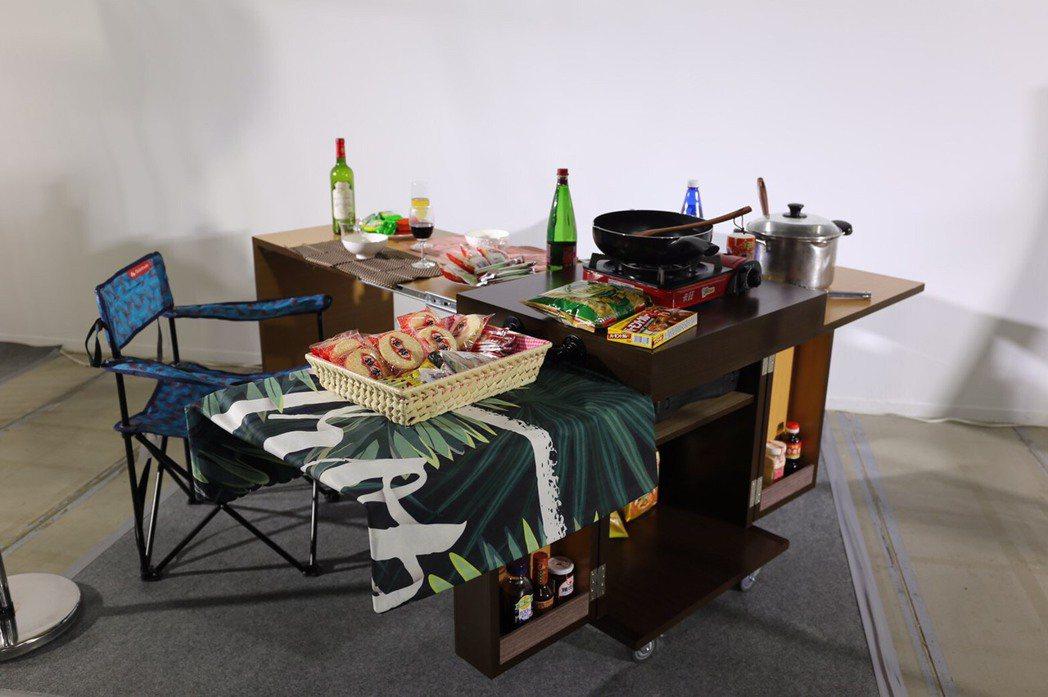 佳作,山門製造,貫徹板材功能及實用美學的「武士行動廚房」。 欣蘭企業/提供