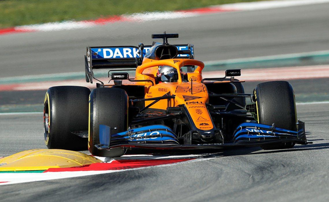 賽車/跑車製造商McLaren也將協力製程設計。圖為McLaren F1車隊。 ...