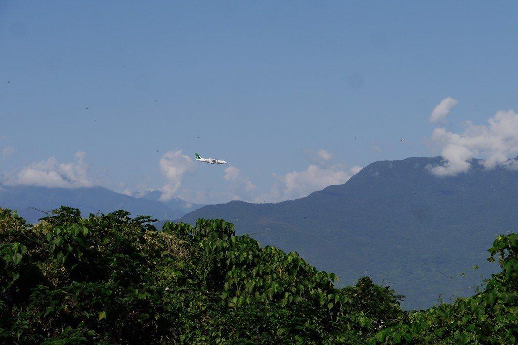 看得到飛機飛,花蓮機場距離美崙山也很近