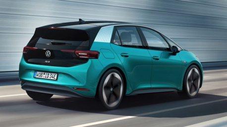 全新第八代Volkswagen Golf買家轉單純電掀背ID.3可現省11萬元?