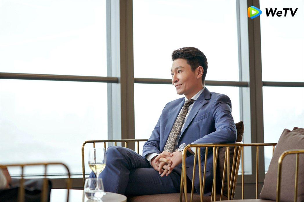 李宗翰在「安家」飾演孫儷的頂頭上司。圖/WeTV提供