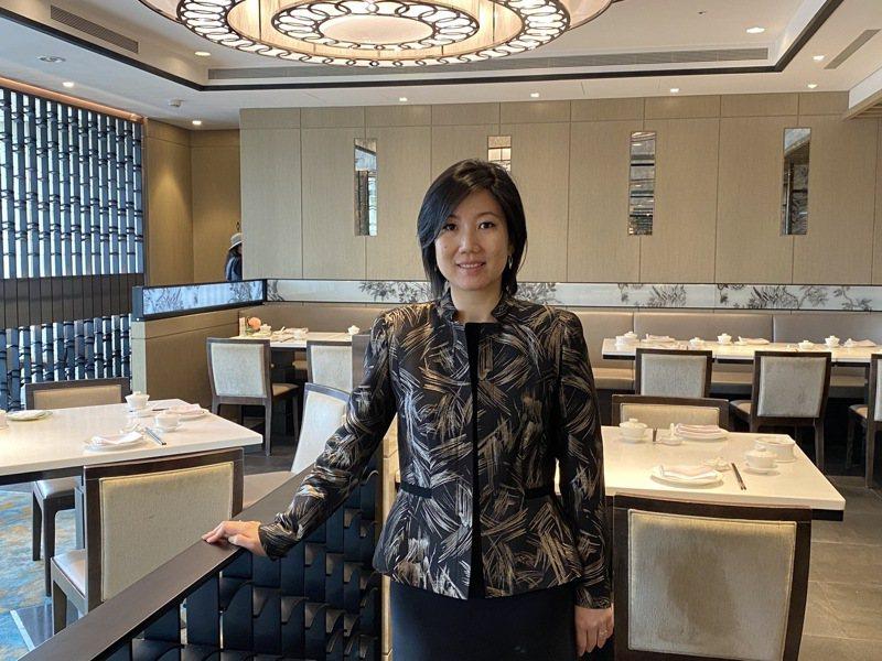 集團董事長莊豐如宣布,六福客棧將投入15億元改建為「酒店式商用辦公大樓」。圖/六福旅遊集團提供