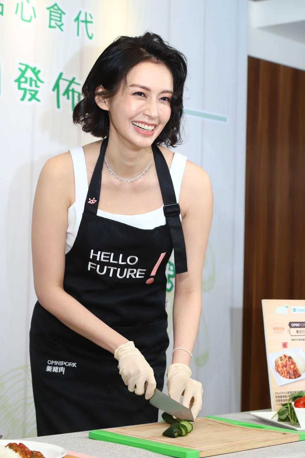 袁艾菲現在常在家自煮。記者陳立凱/攝影