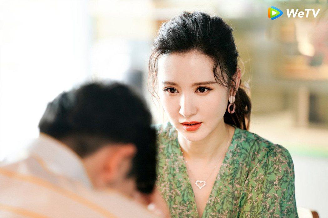 張萌在「安家」中飾演羅晉前妻。圖/WeTV提供