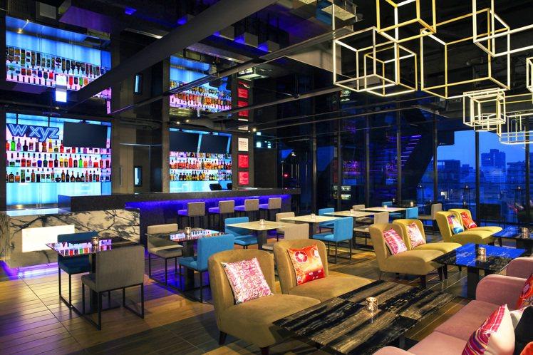 台北中山雅樂軒酒店的「你開瓶,我開房」專案,喝酒消費也能換一晚免費入住。圖/台北...