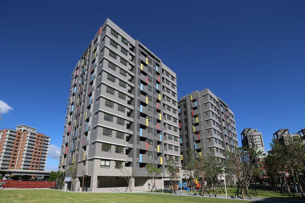 新北市三峽國光青年社會住宅從3月23日起至3月27日進行正取申請民眾看屋、選屋,...