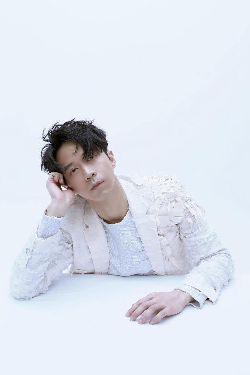 光良新專輯「絕類」已正式發行。圖/星娛音樂提供