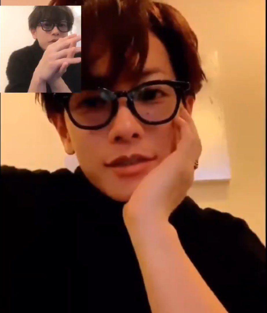 佐藤健會用視訊電話與粉絲互動。 圖/擷自推特