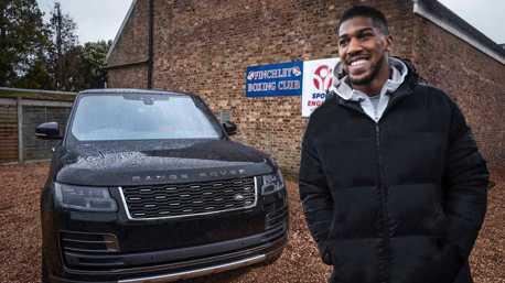 影/世界重量級拳王賀成交 入主量身打造Range Rover