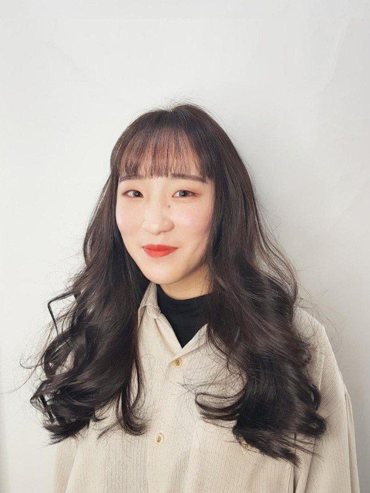 髮型創作/AURA奧樂髮型 / Rich,圖/StyleMap美配提供