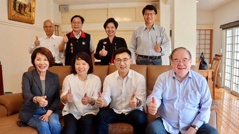 國民黨主席江啟臣今南下拜訪嘉義市長黃敏惠、雲林縣長張麗善等人。圖/國民黨提供