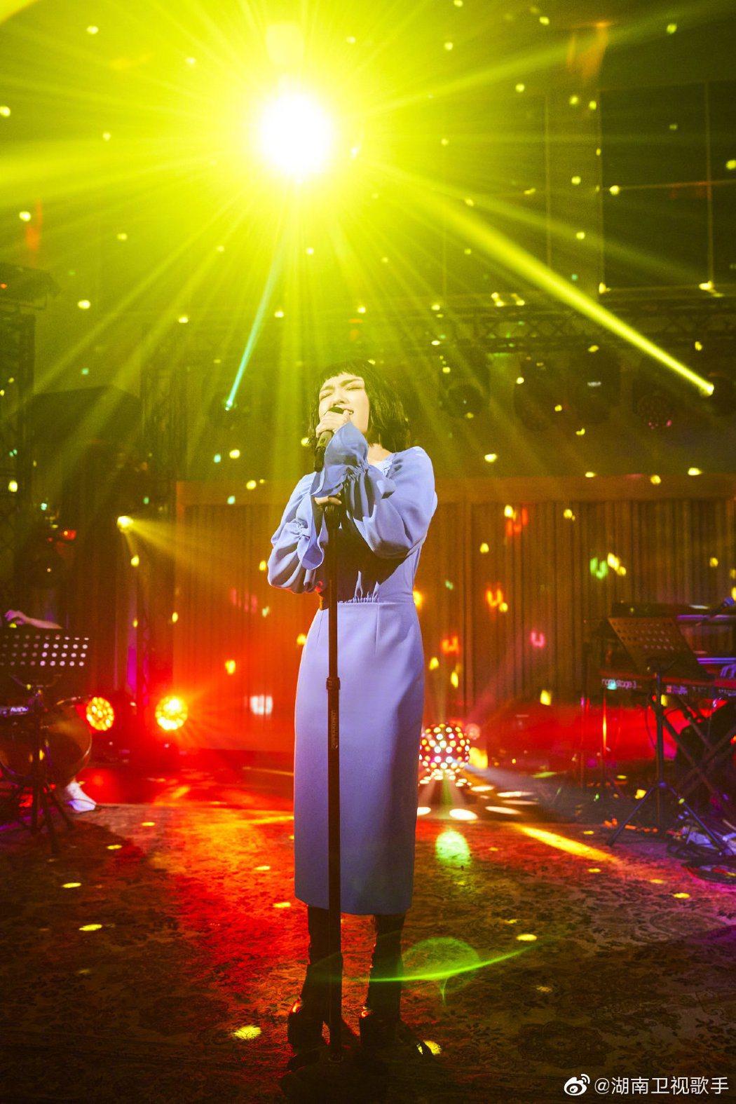徐佳瑩參賽「歌手當打之年」,表現深受好評。圖/摘自微博