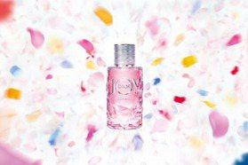 2020香水推薦4款乾淨的「清甜少女香」 揉和花果香調 甜而不膩超好聞!