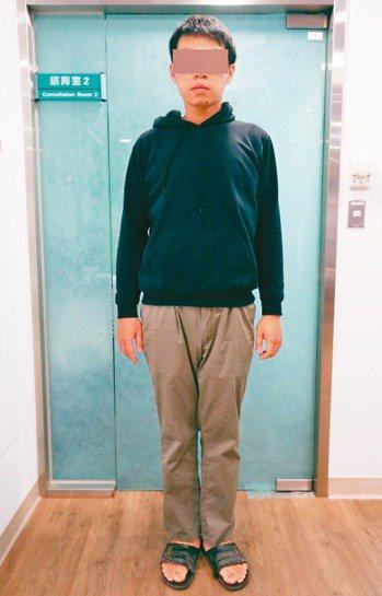 24歲林先生減去100公斤後,現體重為91公斤。 圖/彰化基督教醫院提供