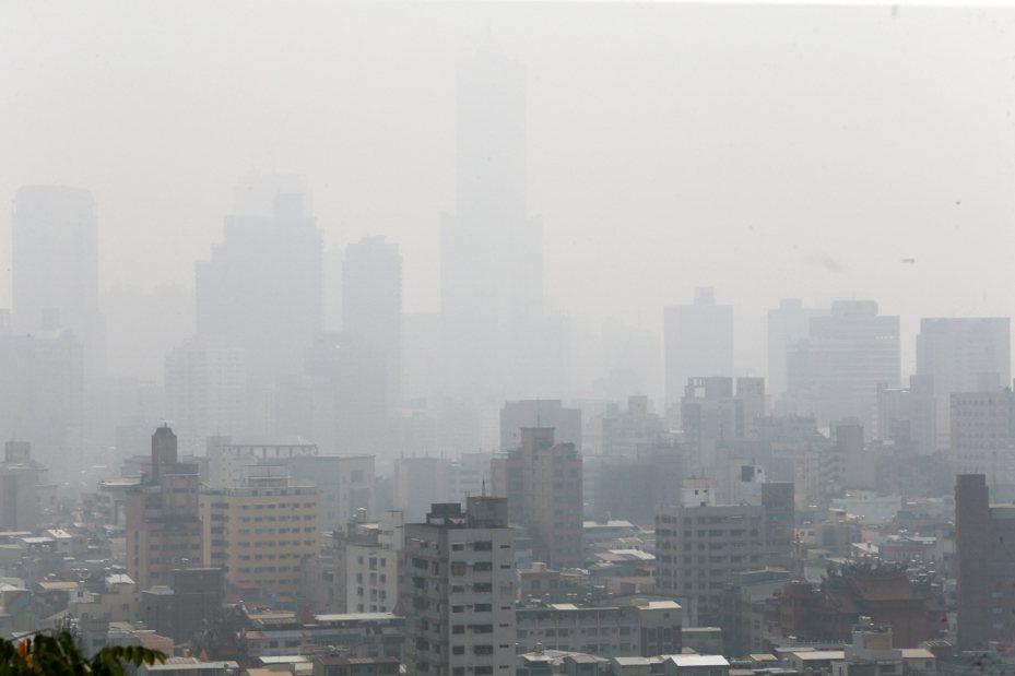 空氣汙染示意圖。 聯合報系資料照片/記者劉學聖攝影